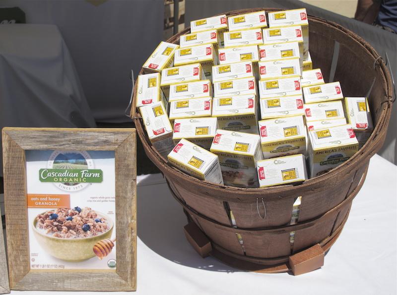 Cascadia Farm organic granola samples.