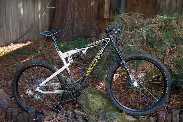 d2226ad4589 2009 Scott Spark RC (21 lbs) For Sale