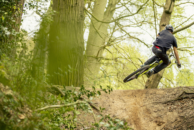 Neil Donoghue scrubbing his Bronson in the woods - Laurence CE - www.laurence-ce.com
