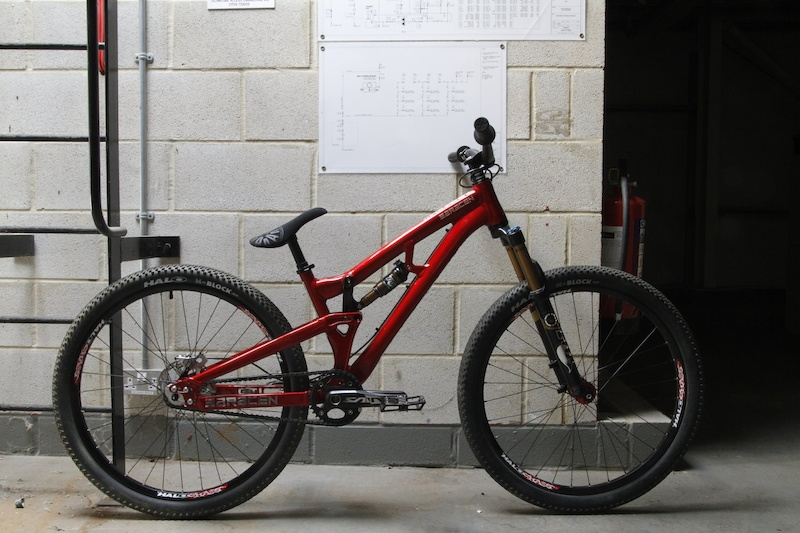 Matt Jones has a very special Saracen Slopestyle bike just in time for X Games