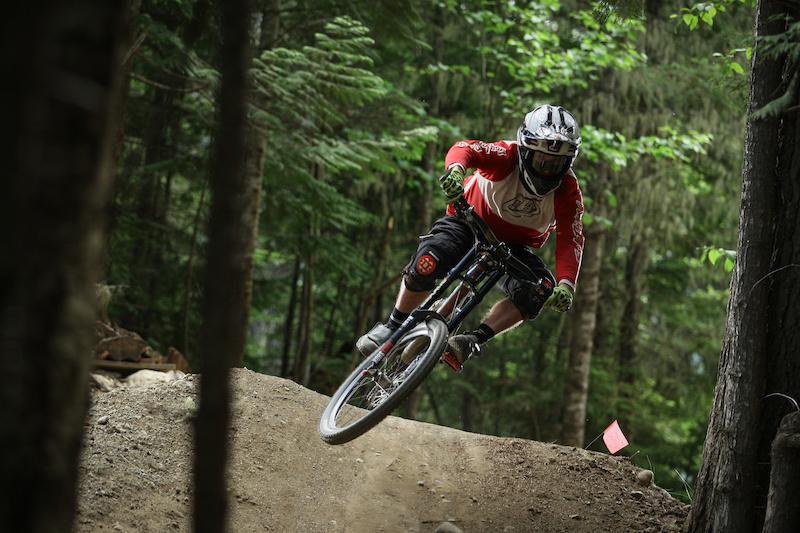 Adam Billinghurst riding HOD Coast Mountain Photo dreamcapture OneMillionDown