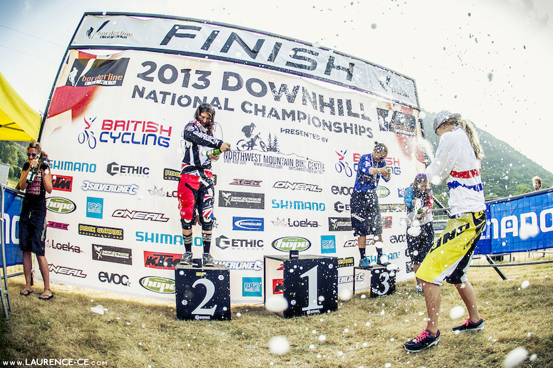 1 Rachel Atherton 2 Manon Carpenter 3 Jess Stone 4 Traharn Chidley 5 Jess Greaves - Laurence CE - www.laurence-ce.com