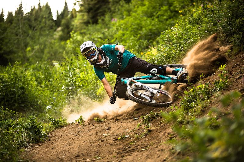 joey drifting a bike