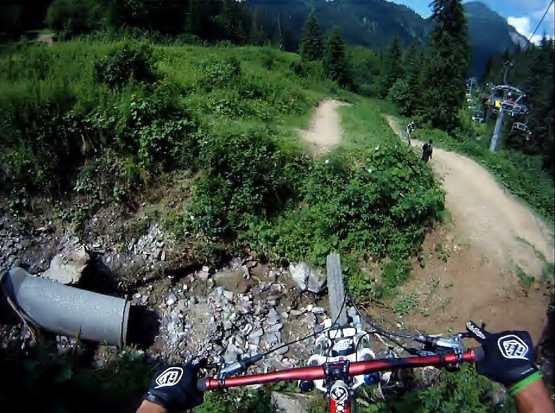 River gap @ People trail, Chatel