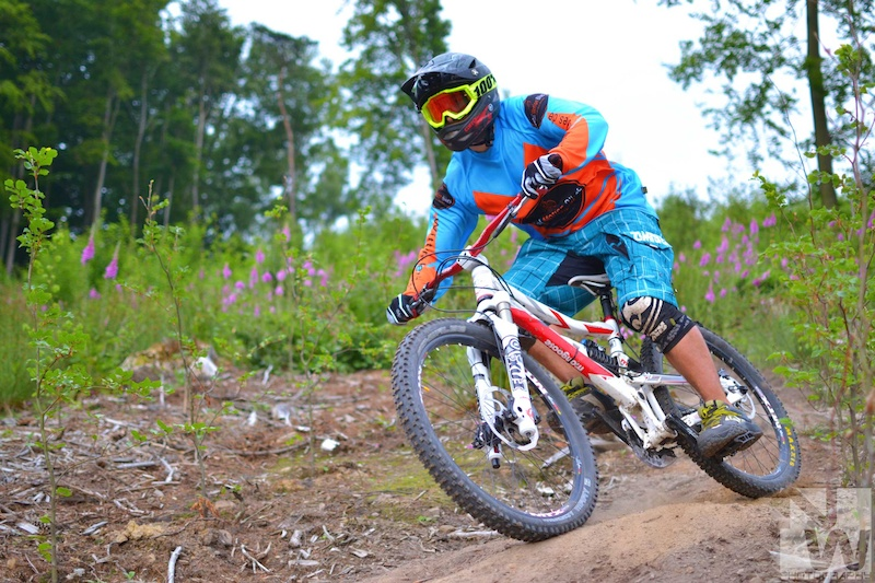 Chris enduro riding. NWPhotography 2013