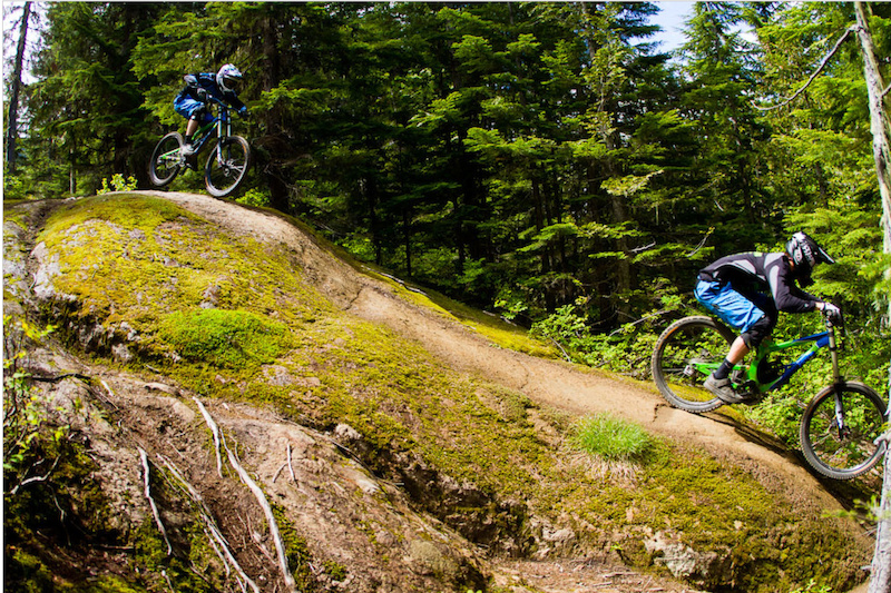 Matt Orlando and Trevor Parson rallying over the rocks. Photo by Ben Gavelda