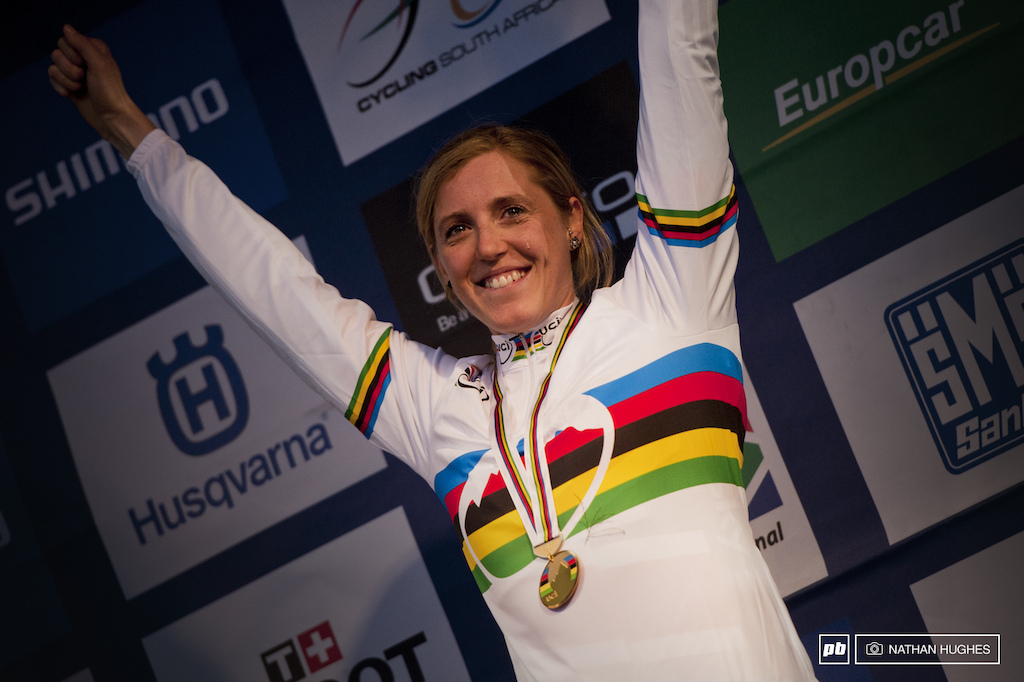 Rach tearing up on taking her long awaited 3rd champs win since Val Di Sole 2008 and as a junior at Livigno 2005.