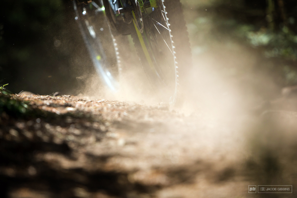 The nice dry summer in the UK meant the trails where dusty and loose for the most part.