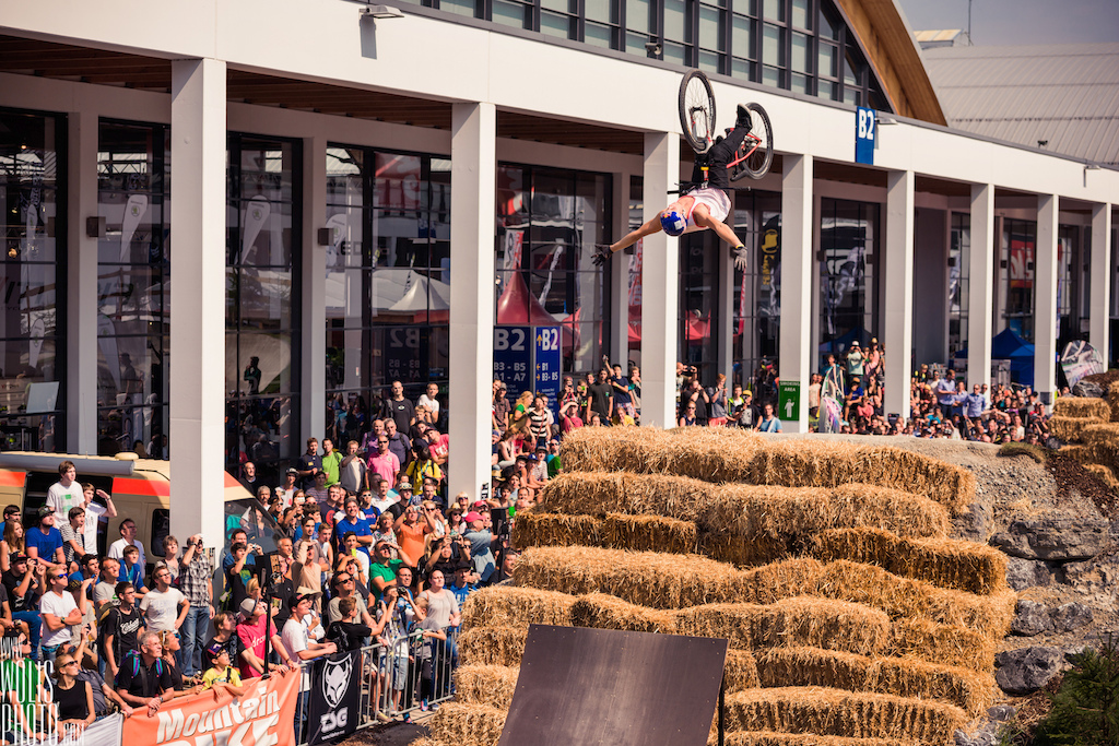 Szymon Godziek has won the 2013 Eurobike s Dirt Contest Nice to see more than 70 riders taking part in the whole contest If you want to get kickstarted in the industry Eurobike is a place to be. Credit goes to www.wolisphoto.com