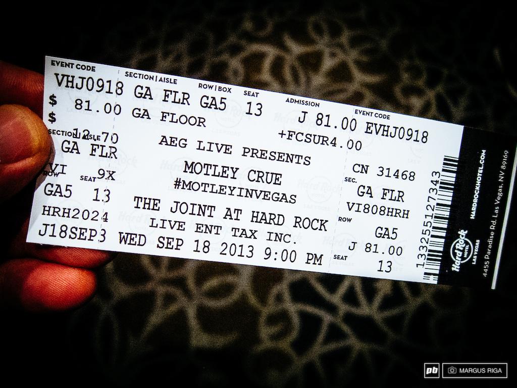Casual Wednesday night entertainment venue. #MötleyCrüe