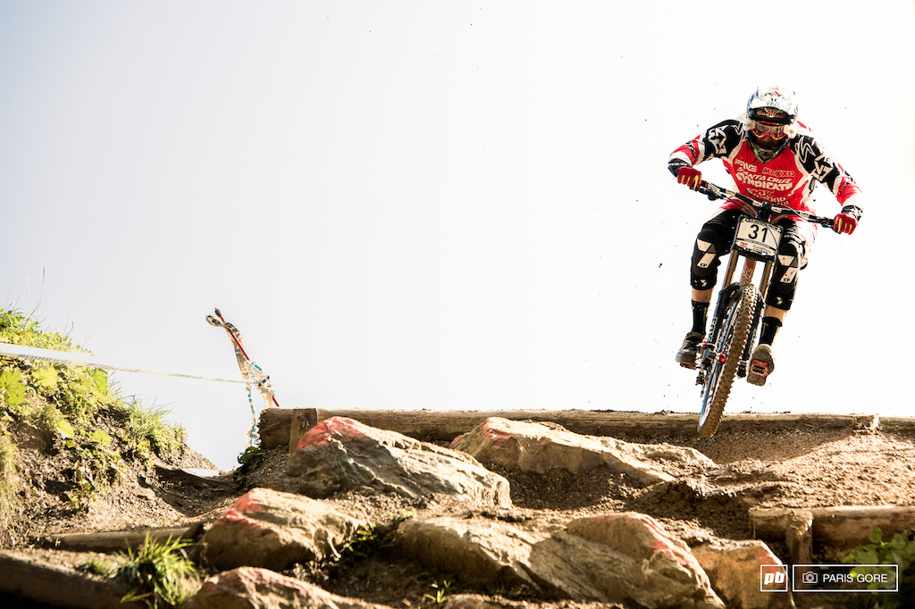 Steve Peat putting down a respectable 8th place against a big field of guys almost half his age. Yeah Peaty