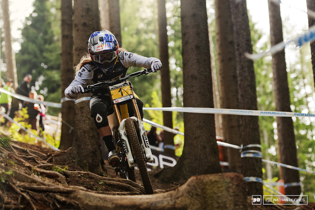 She may have failed to catch Ragot today but it s been a phenomenal year for Rachel Atherton. With such convincing big margin victories in Scotland Italy Andorra and Norway it seems a bit wrong that 2nd place was just 130 points back in the overall but that s how it works.