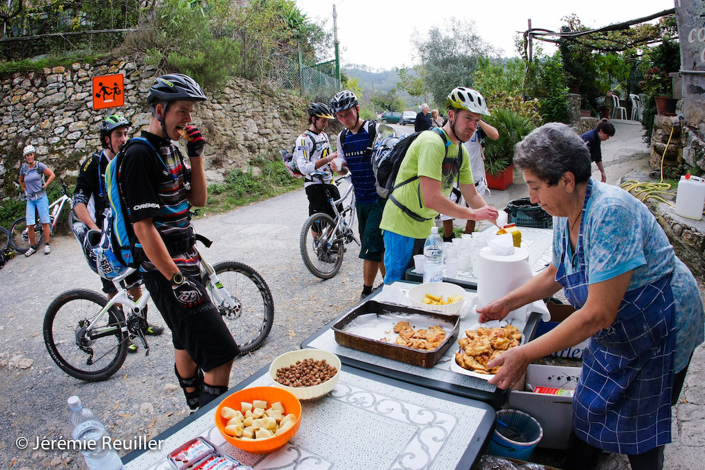 The provision was from La Grotta on the liason to go on the start of the stage 3. he woman made by yourself a amazing salt cake.