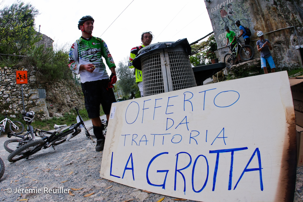 The provision was from La Grotta on the liason to go on the start of the stage 3.