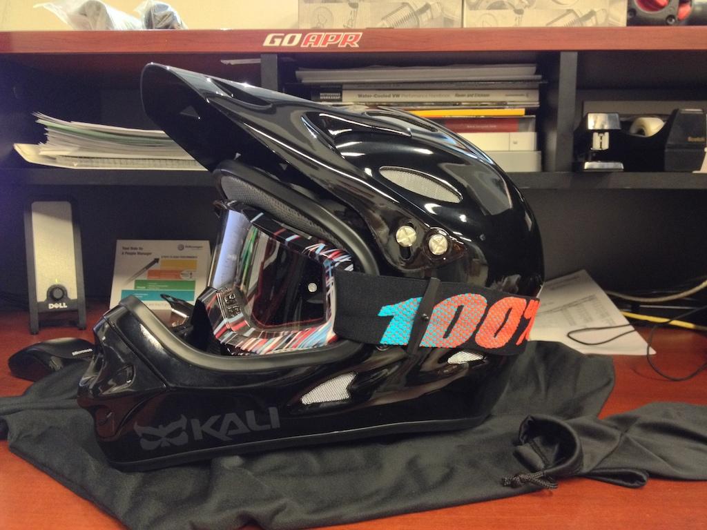Kali Savara Helmet 100% Accuri goggles
