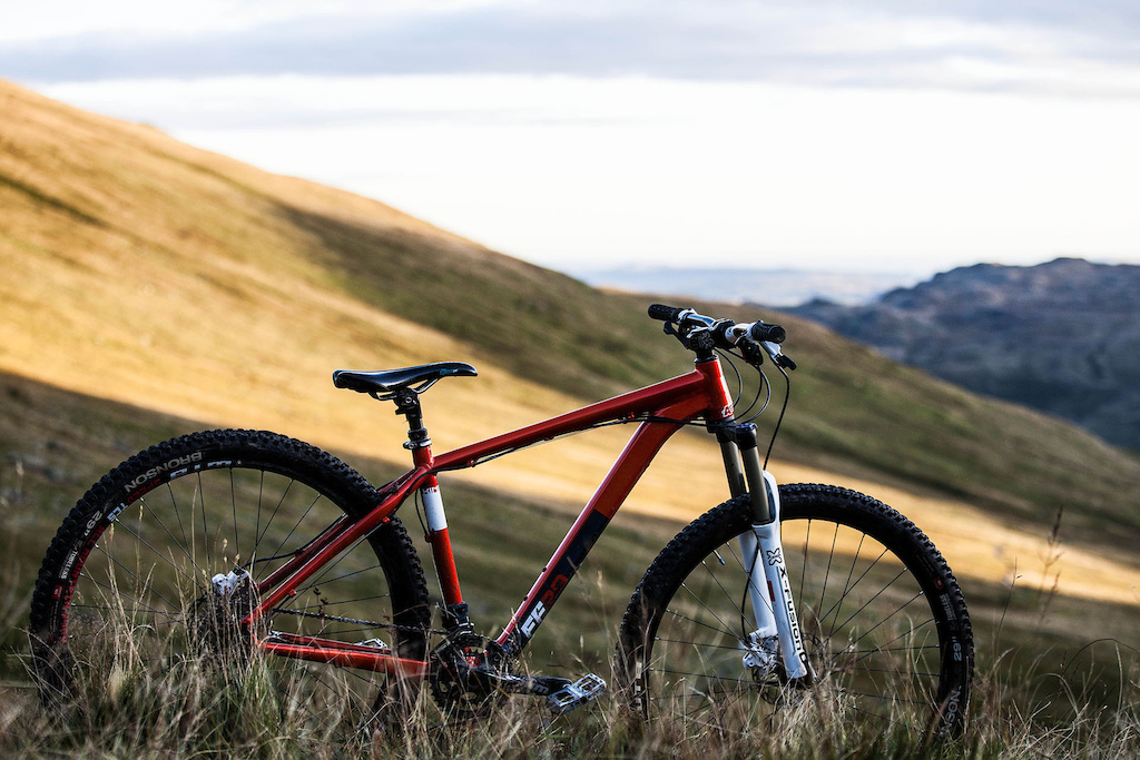 The alu Kinesis FF29 was the other bike for choice. Designed for fast and aggressive trail riding.