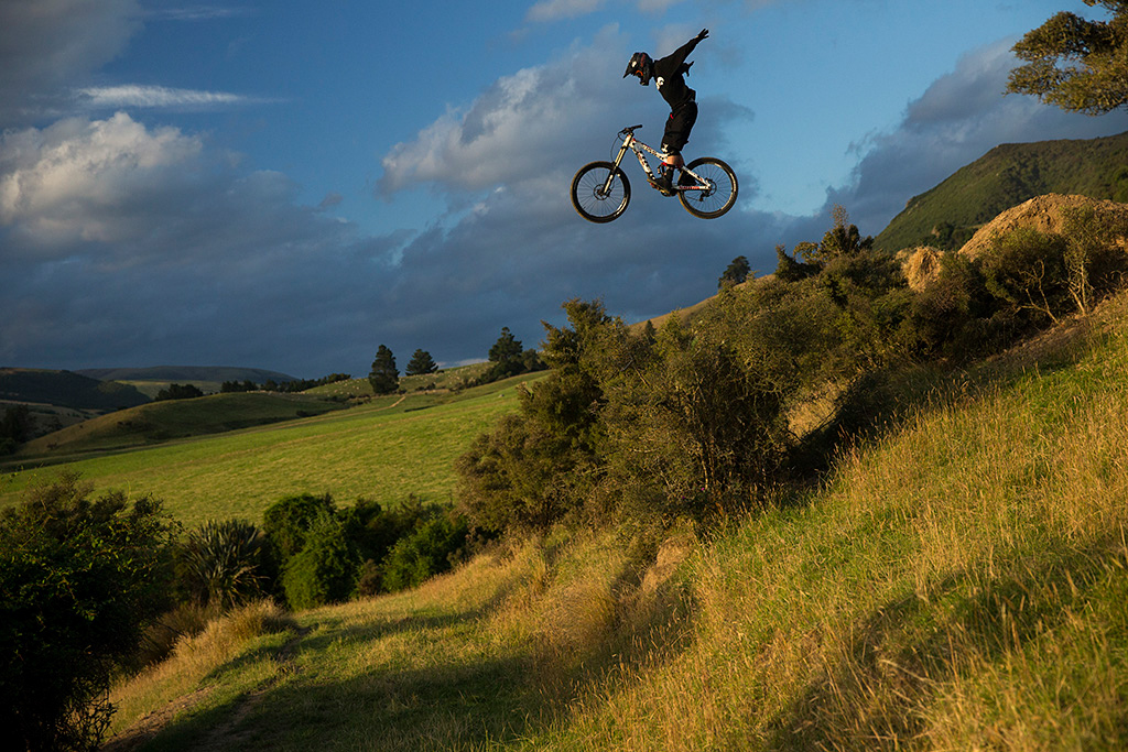 ryan howard on the Frew Farm in Winton New Zealand