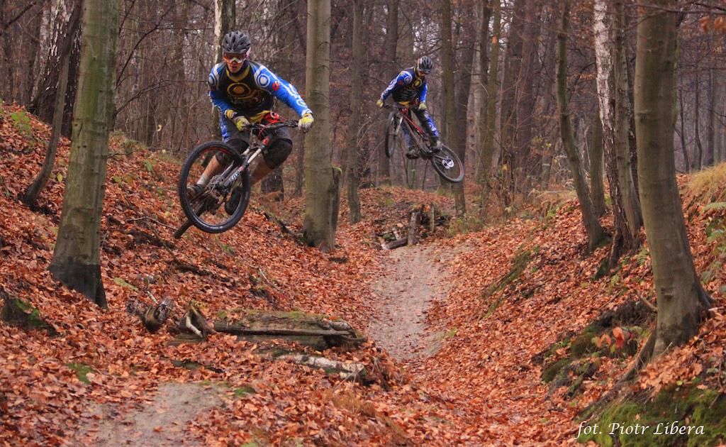 Bartbass-Goodbike DH Team -->>www.bgdh.pl