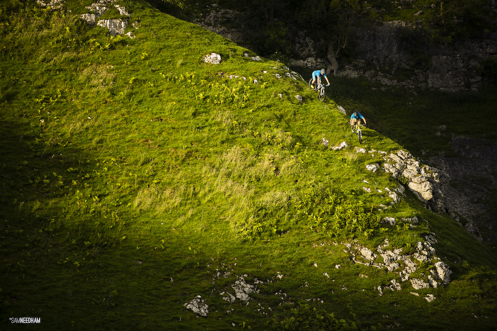 Despite the Yorkshire Dales being on my doorstep, I rarely spin my wheels over it's limestone scattered hillocks. Here, Jon and Sam, on a voyage of discovery. 