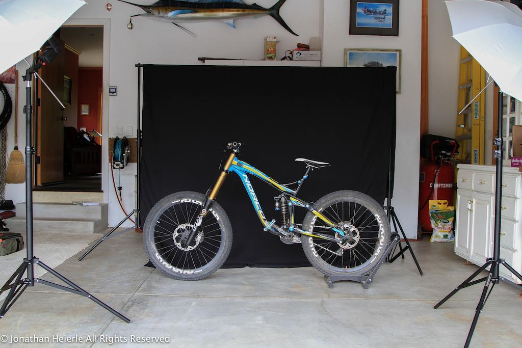 Photo shoot in my garage of my 2013 norco aurum