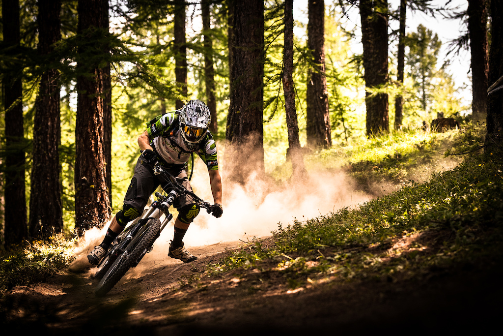 Jerome Clementz, destroying the flat corners in the woods.