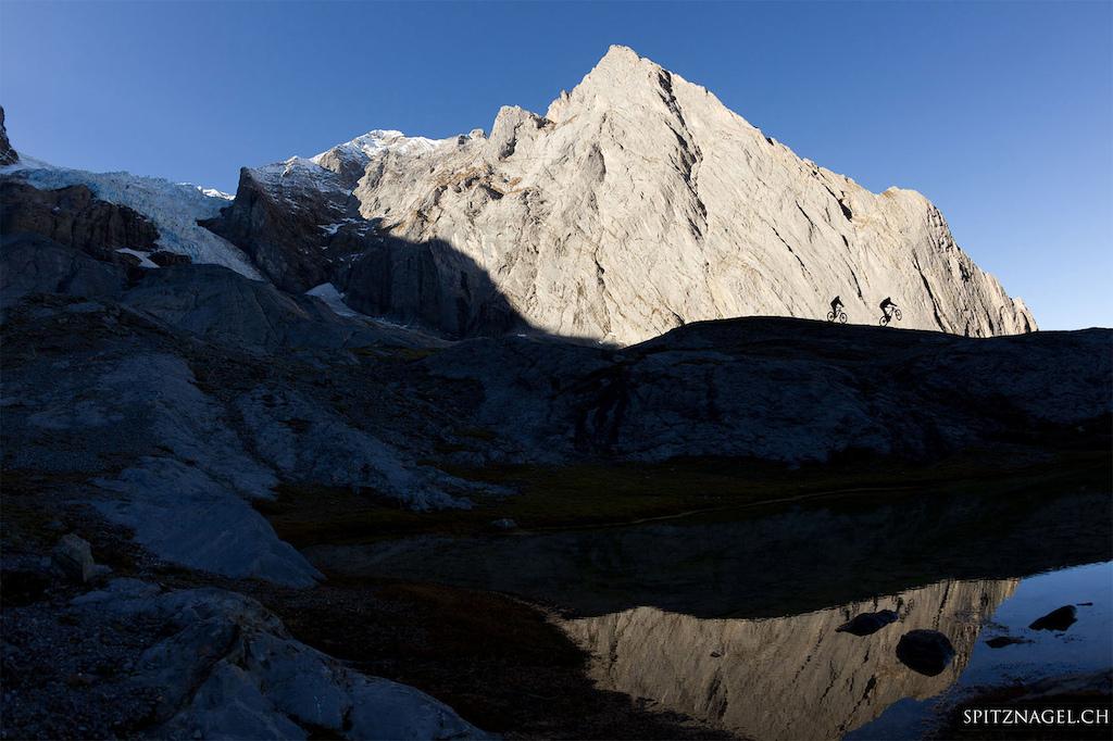 Rosenlaui Glacier - photo by Hansueli Spitznagel www.spitznagel.ch