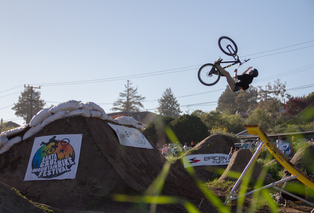 riders were throwin down in the amateur comp
