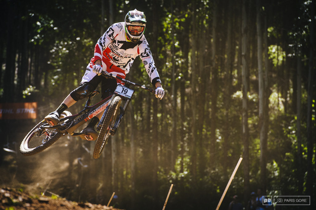 Steve Peat smashing the third fastest speed in the trap just behind Gwin at 69kmh.. Won't back down or slow down any time soon...