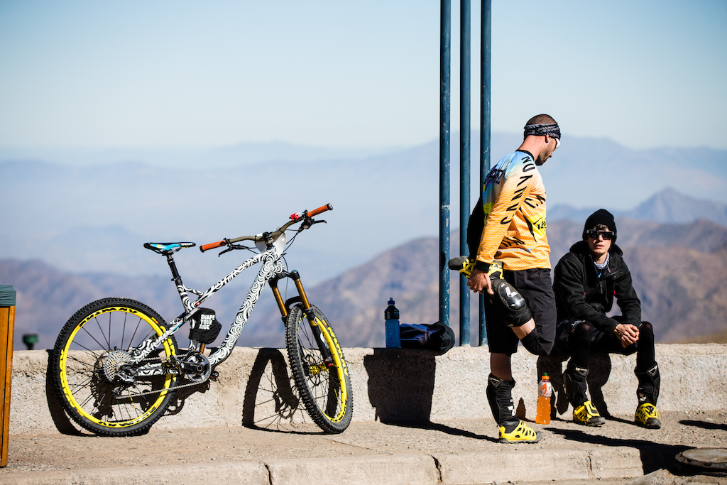 Barel is back in the hunt for EWS wins this year, looking like he's shed some of muscle mass for enduro racing and with a prototype from Canyon underneath him - no details were given about the bike, but we'd wager money it's a longer travel beast than the Spectral.