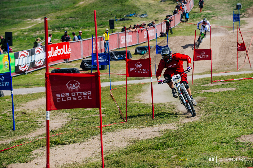 Morning qualies action at the 2014 Sea Otter Dual Slalom.
