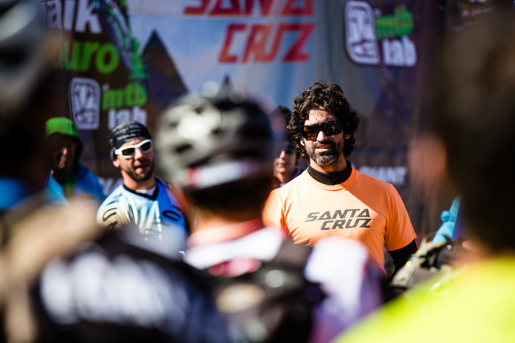 Montenbaik director and race organiser Matias Del Solar gives the morning safety briefing in both English and Spanish. Just because this race is in South America don t think for one second it s in any way rough and ready the team have put together one of the most sophisticated setups anywhere with accurate chip timing that puts most northern hemisphere race organisers to shame. He was particularly proud explaining how good the insurance for riders was. Matis was responsible for co-ordinating one of the riders to be helicoptered off the hill in the morning and later explained that their insurance meant the rider would be fully covered so he would t face painful medical bills on top of his injury.
