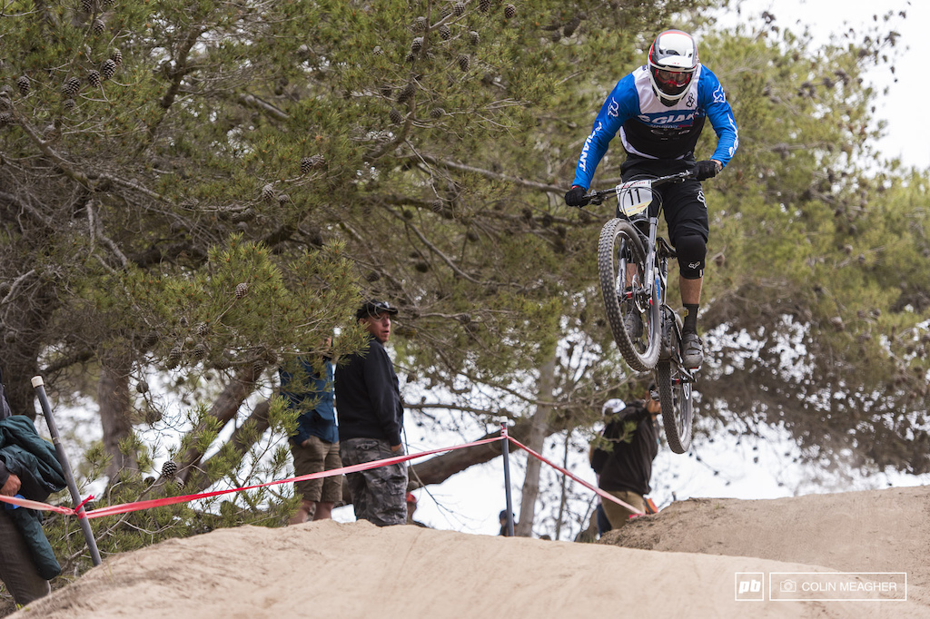 Adam Craig has come a long ways back to his DH roots after a multi year career for Giant s XC squad s. Craig s mostly an Enduro guy these days but the Sea Otter DH is too fun of a track to pass up.
