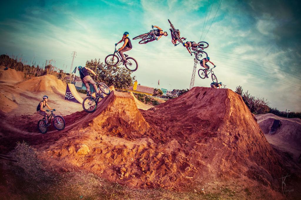 Famous cashroll. He loves that trick. Photo by Kuba Konwent - www.facebook.com KonwentPhoto.