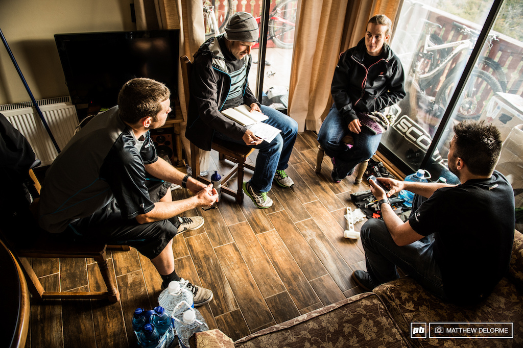 Trek Factory Enduro goes over their plan of attack for the weekend before things start really get rolling. Mosley, Leov, and where all Trek sponsored last year and were running their own privateer programs, now there are all full Trek Factory. With the added support they can pay more attention to their racing and less attention to all the other minute details that go on behind the scenes.