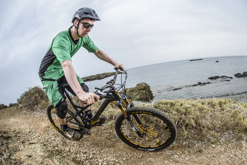 Mondraker Foxy Carbon - Review Image by Sebas