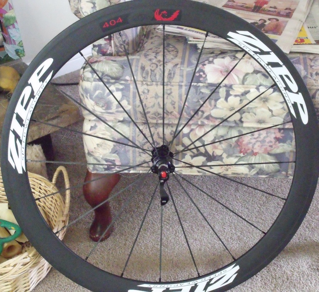 2013 ZIPP REPLICA CARBON WHEELS