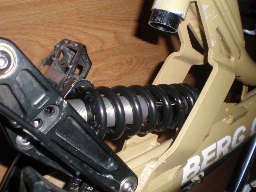 Troco amortecedor fox vanilla r 222mm (COM REVISÃO FEITA) por um amortecedor com 190mm
