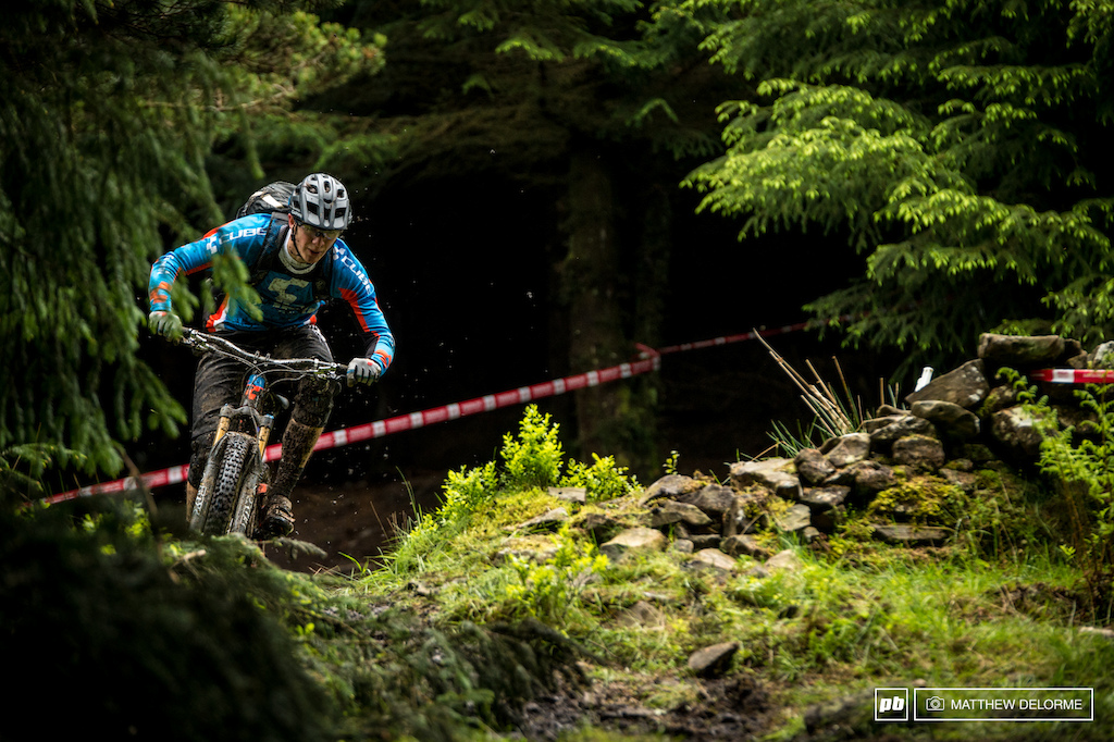 Ludwig Doehl keeping things tidy through a very rutted corner.