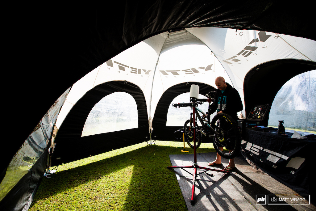 Shaun Hughes puts the final touches to Graves bike for a race many people expect him to win.