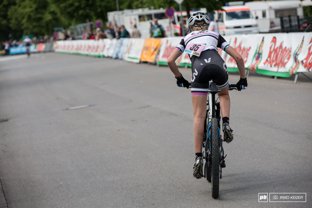 After a quick self check Annemarie Worst jumped back on her bike. She still managed to finish in 39th position.