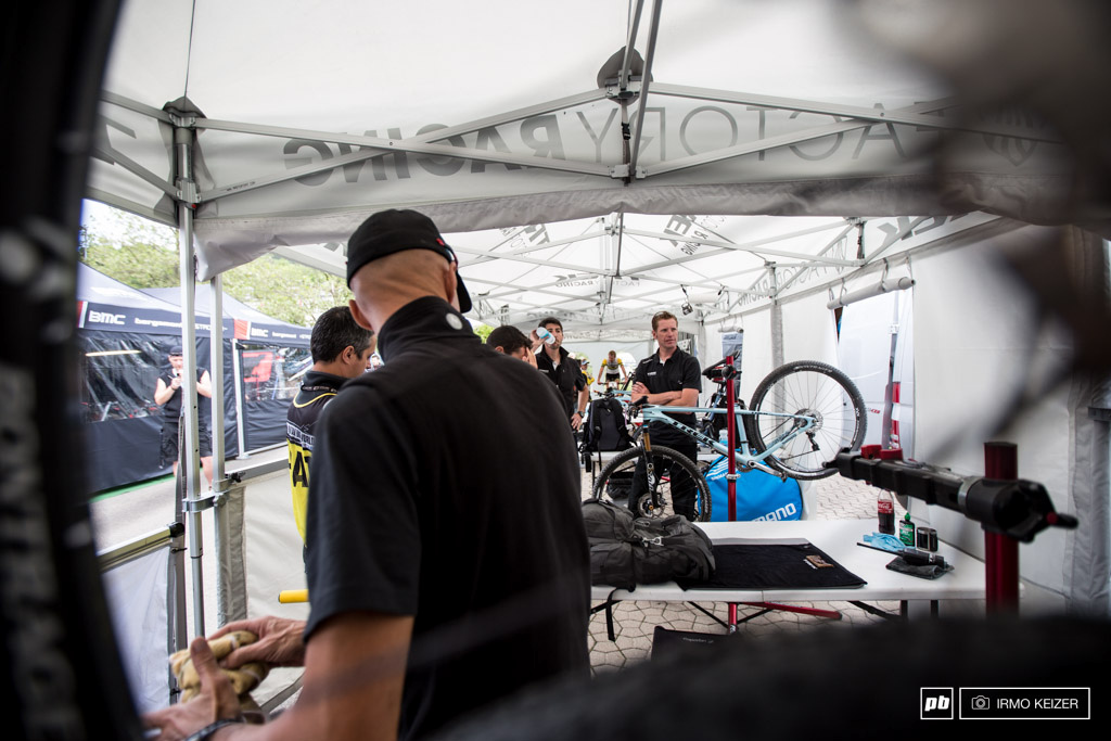 Anxiety in the pits prior to the elite men s race at the Trek Factory Racing.