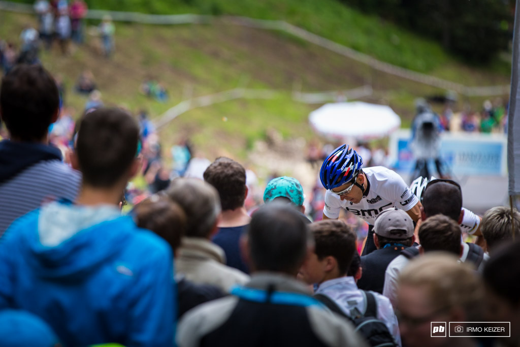 This is how busy it was. Julien Absalon climbs in first position now to the top of the Albstadt course.