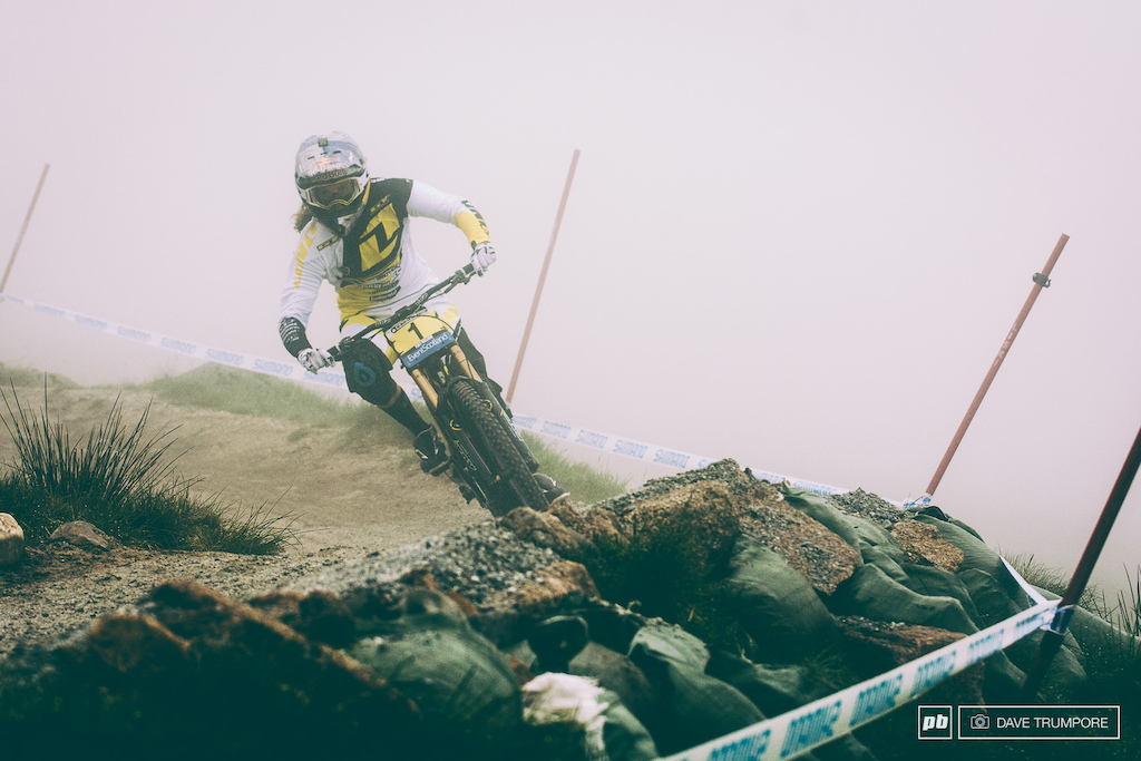The story of the morning was thick fog as the women and juniors took to the track. Rachel Atherton has probably done enough runs here over the years that riding by feel rather than sight wasn t too big of an issue.