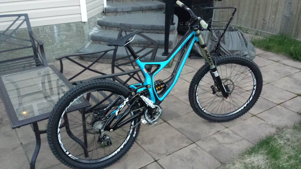 New demo carbon xD