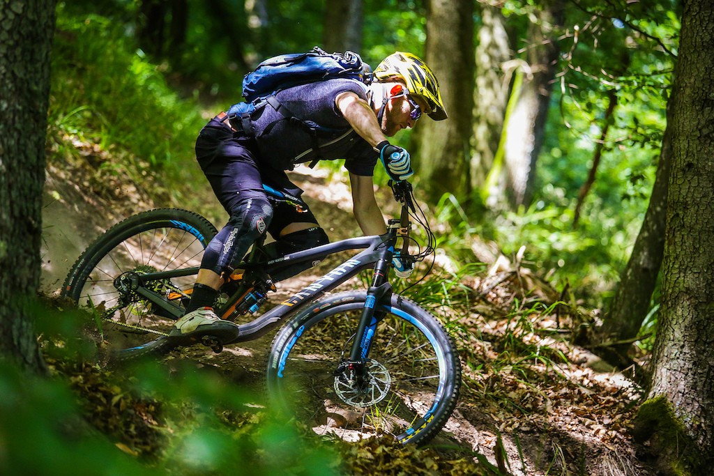 Canyon Strive Cf 2015 First Look Pinkbike