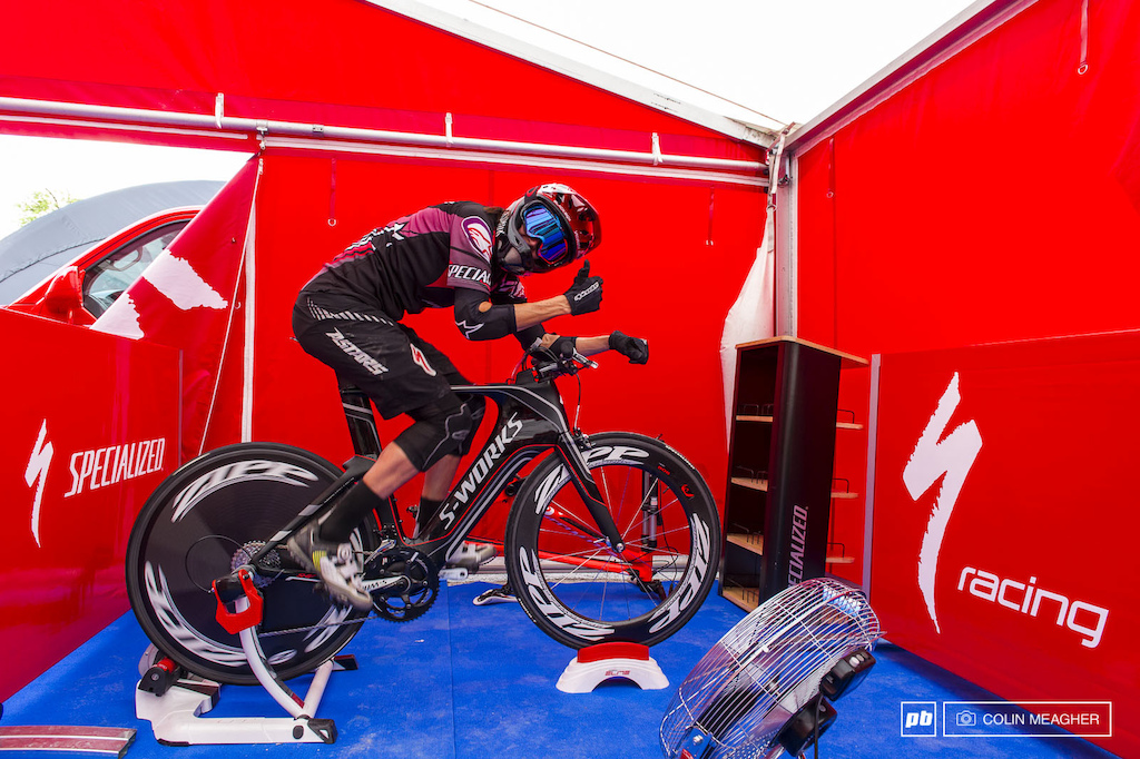 Anneke Beerten feeling pretty aero while warming up for the 4X training in Leogang.