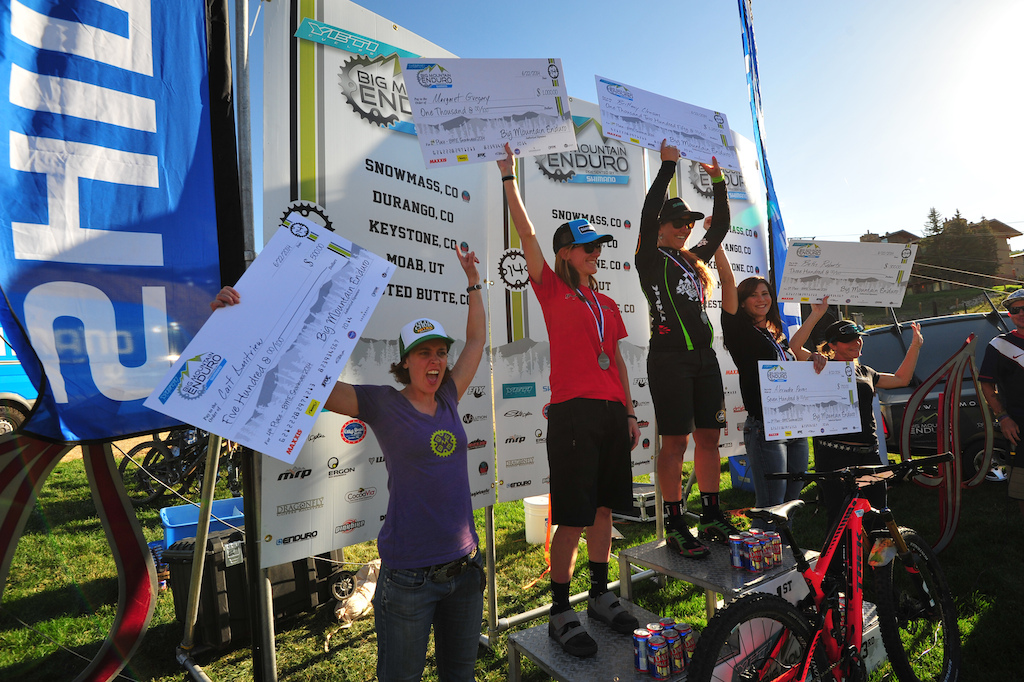 Pro Women s podium 1st Brittany Clawson 2nd Margaret Gregory 3rd Alexandra Pavon 4th Cait Dmitriev 5th Beth Roberts