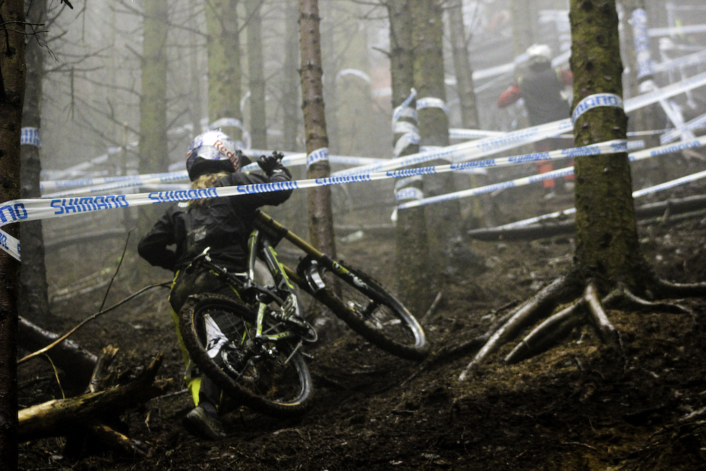 Si Paton of the British Downhill Series interview images