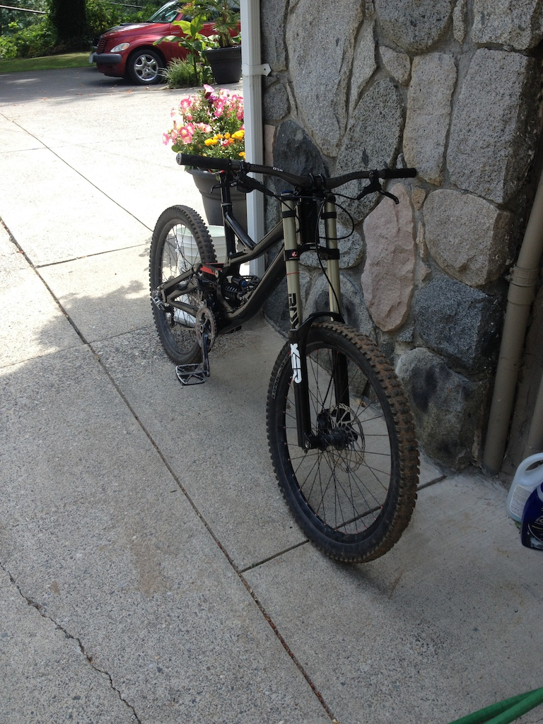 2011 Specialized demo LARGE