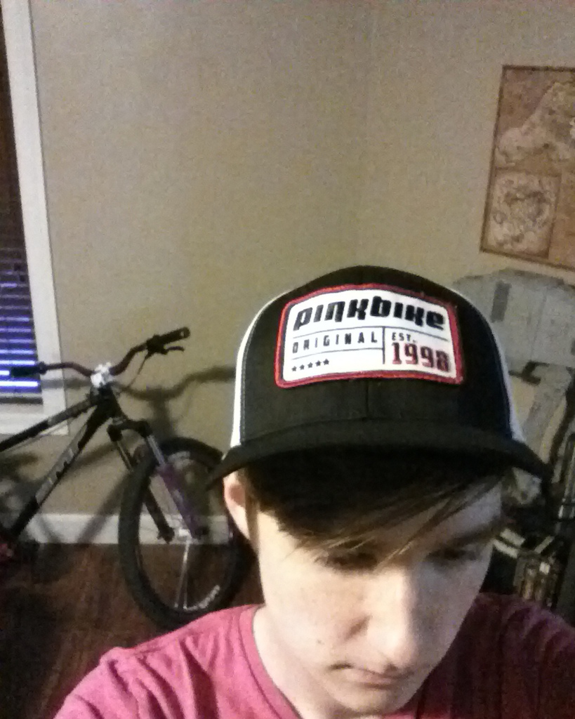 Pinkbike hat is here. Time to rep the community.